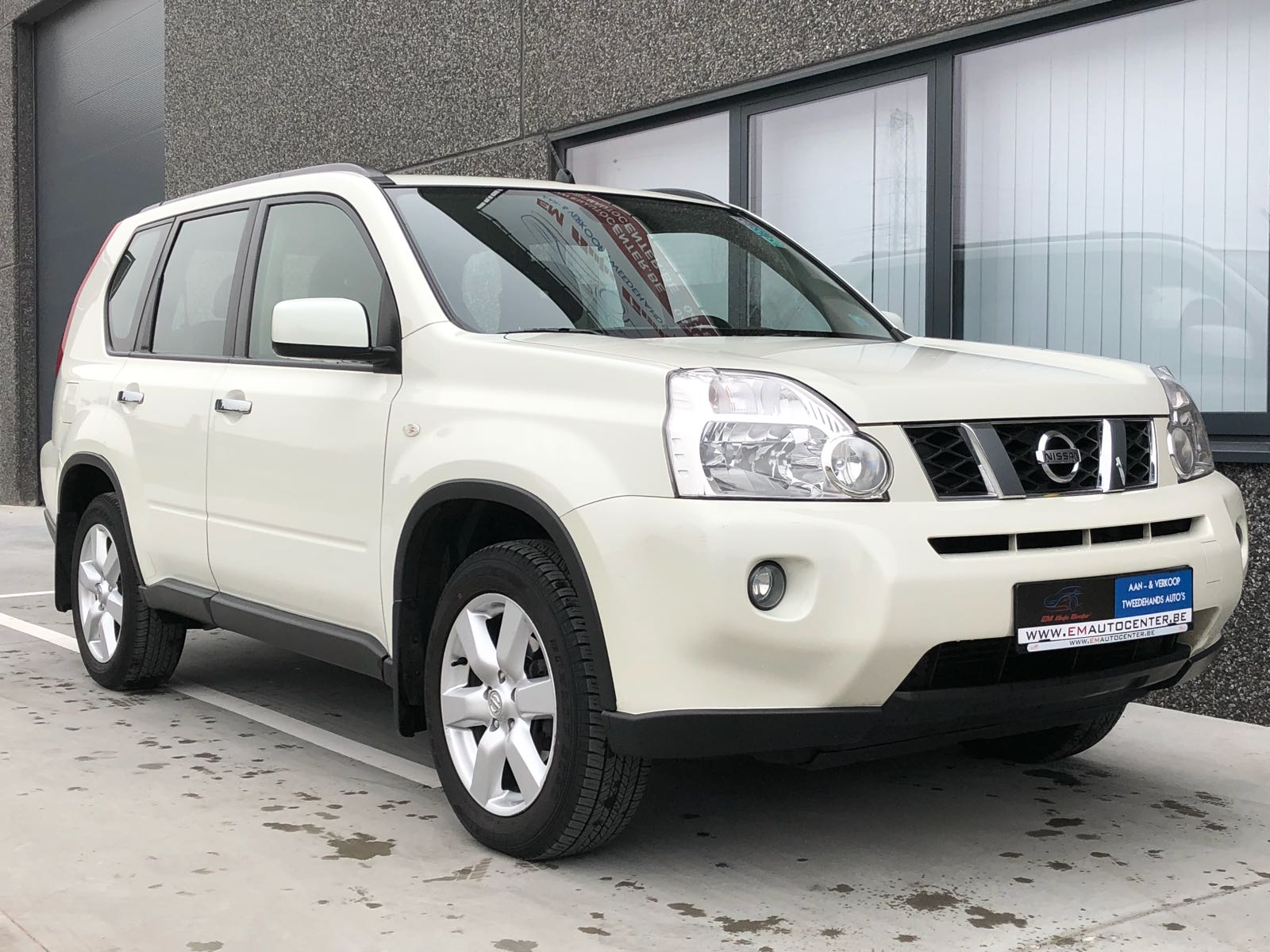 tweedehands nissan x trail 2 0 dci 4x4 met slechts 64 000 km. Black Bedroom Furniture Sets. Home Design Ideas